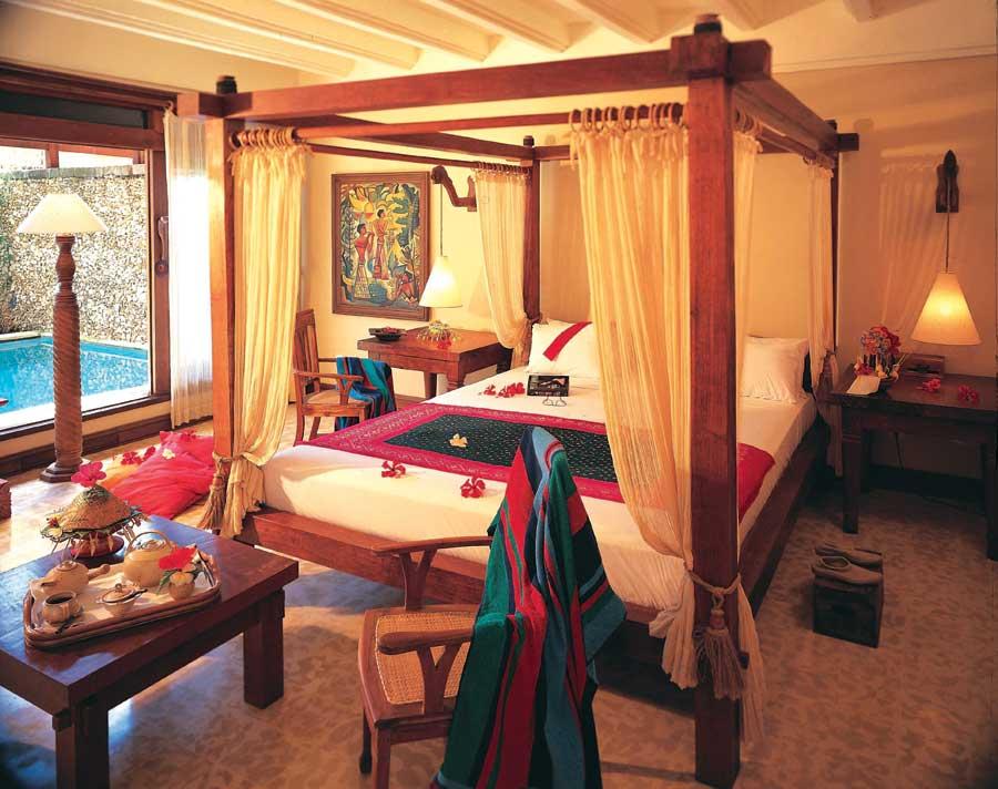 Kamar Desdari Suite.