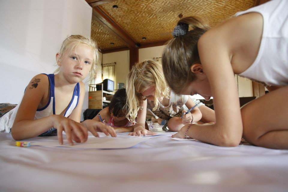 Program untuk anak-anak juga tersedia sepanjang festival.