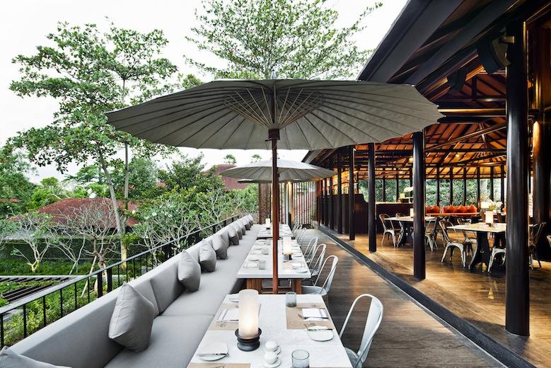 Area outdoor Uma Cucina.