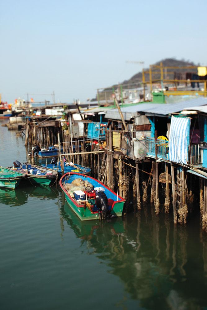 Rumah-rumah panggung komunitas nelayan kini menjadi aset wisata Tai O.