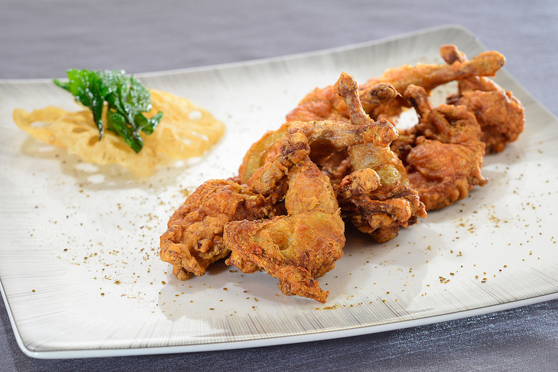 Burung puyuh garing yang masuk di menu baru Yan Toh Heen.