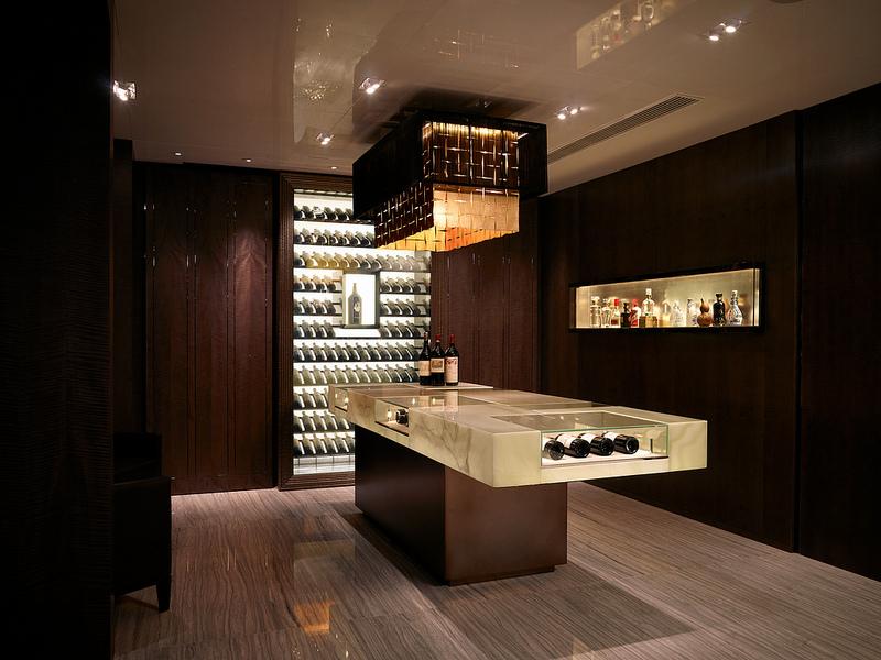 Wine cellar baru dengan koleksi wine yang lengkap.