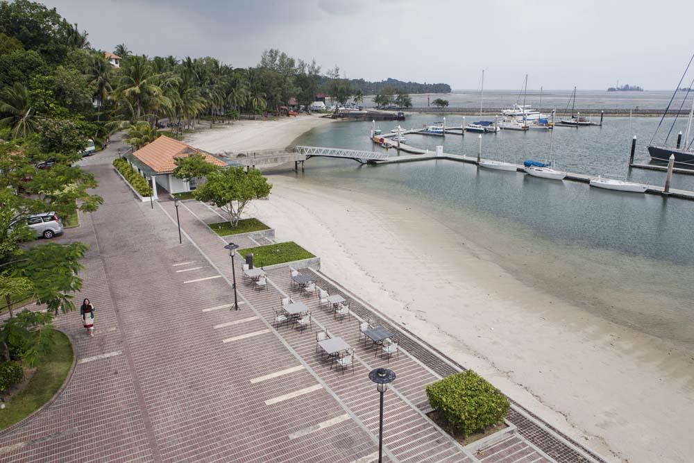 Salah satu fasilitas di Nongsa Point Marina & Resort adalah terminal untuk kapal-kapal pribadi.