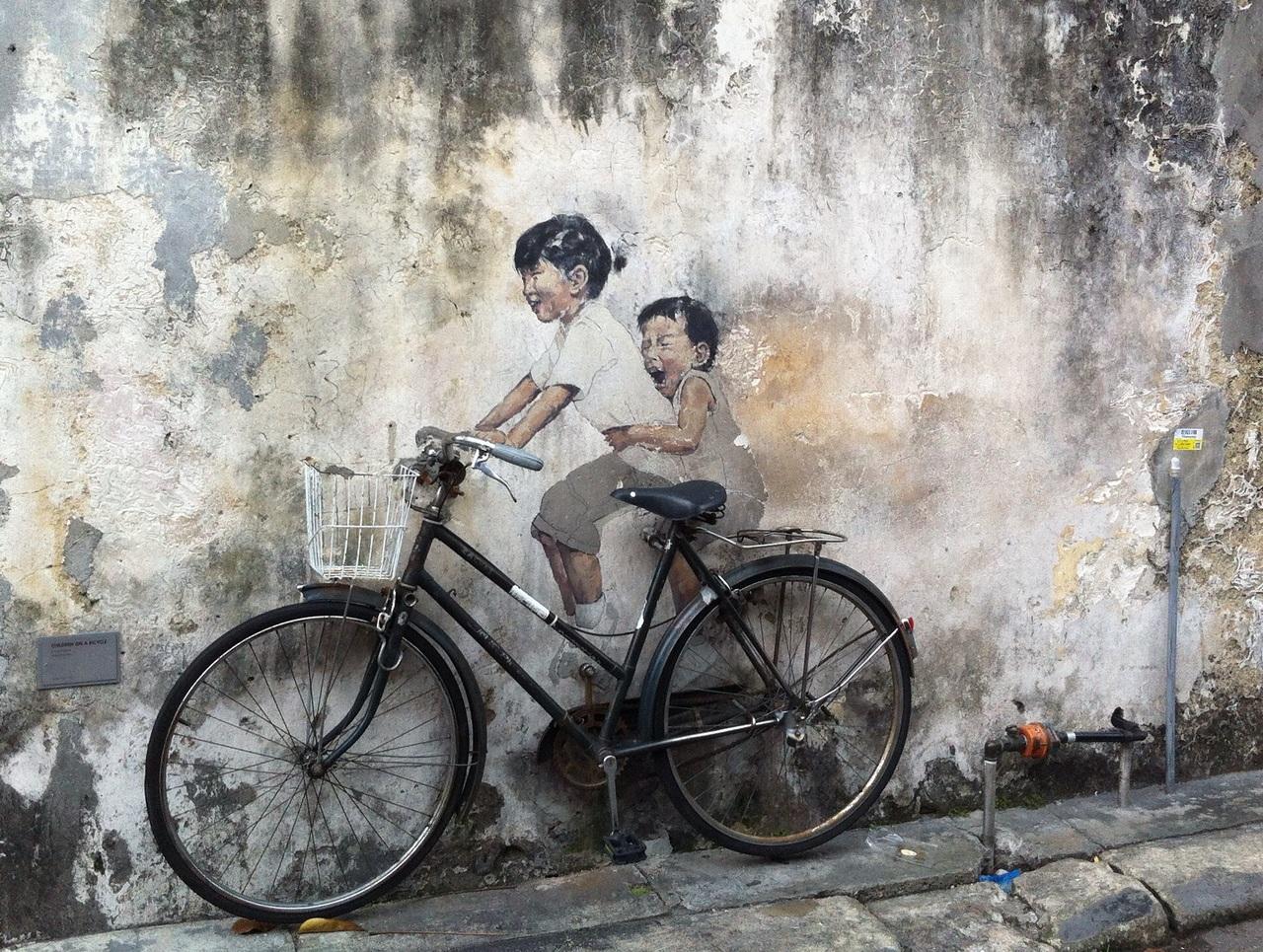 Selain kuliner, Penang juga terkenal dengan seni jalanannya.