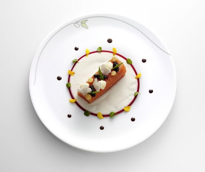 Salah satu hidangan cantik kreasi Christophe Schmitt dan Gaëtan Fiard.
