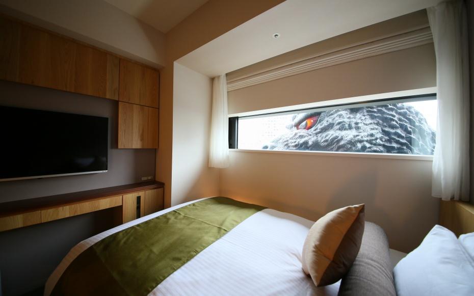 godzilla0415-hotel-gracery-shinjuku-TM & (C)TOHO CO., LTD.
