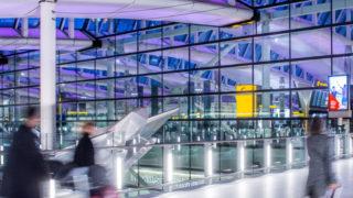 Bandara Heathrow Siapkan Tes Covid-19 untuk Penumpang
