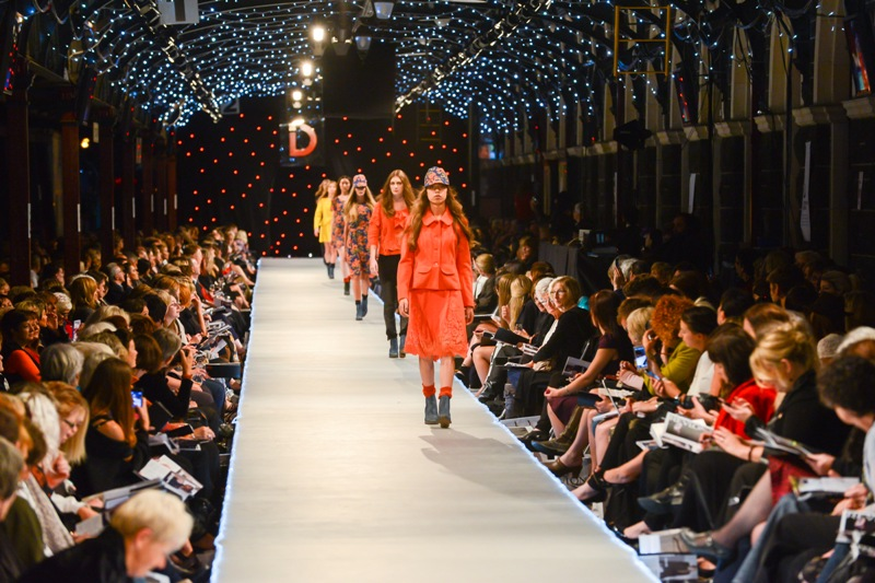 Karya-karya apik ciptaan Charmaine Reveley yang dipertontonkan di iD Dunedin Fashion Show 2013.