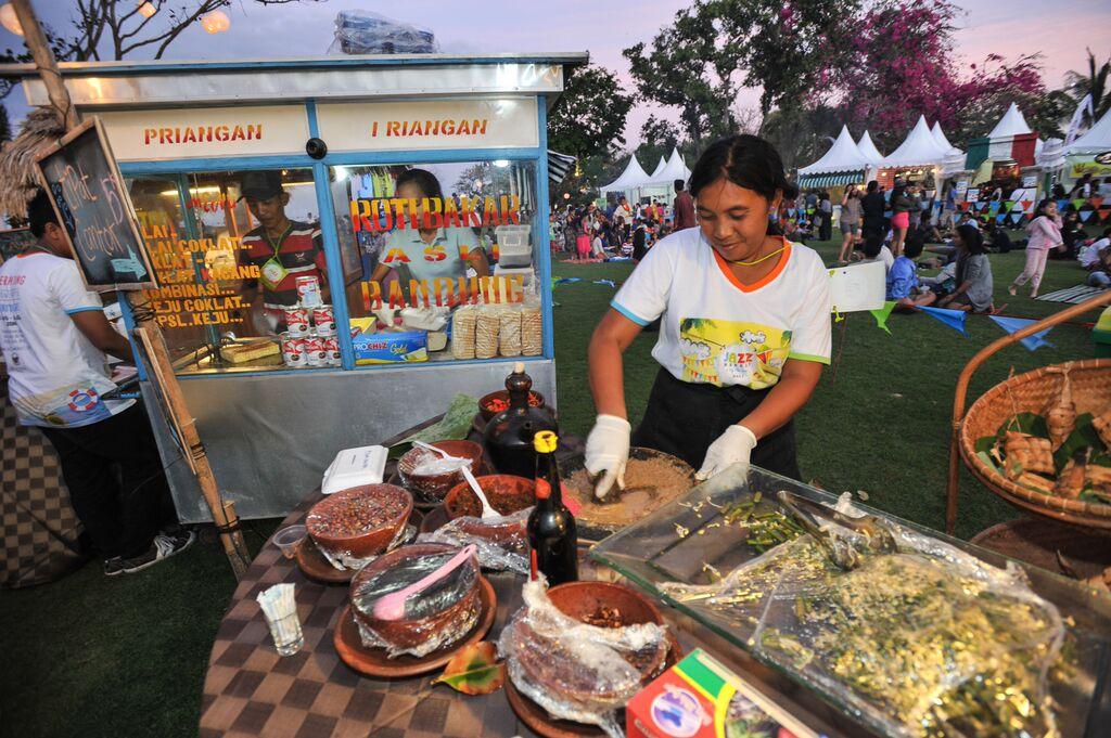 Beragam pilihan kuliner Indonesia juga akan ditawarkan di Jazz Market.