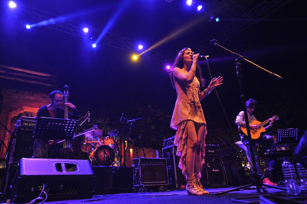 Monica Talahea, salah satu musisi pengisi festival pada 2014.
