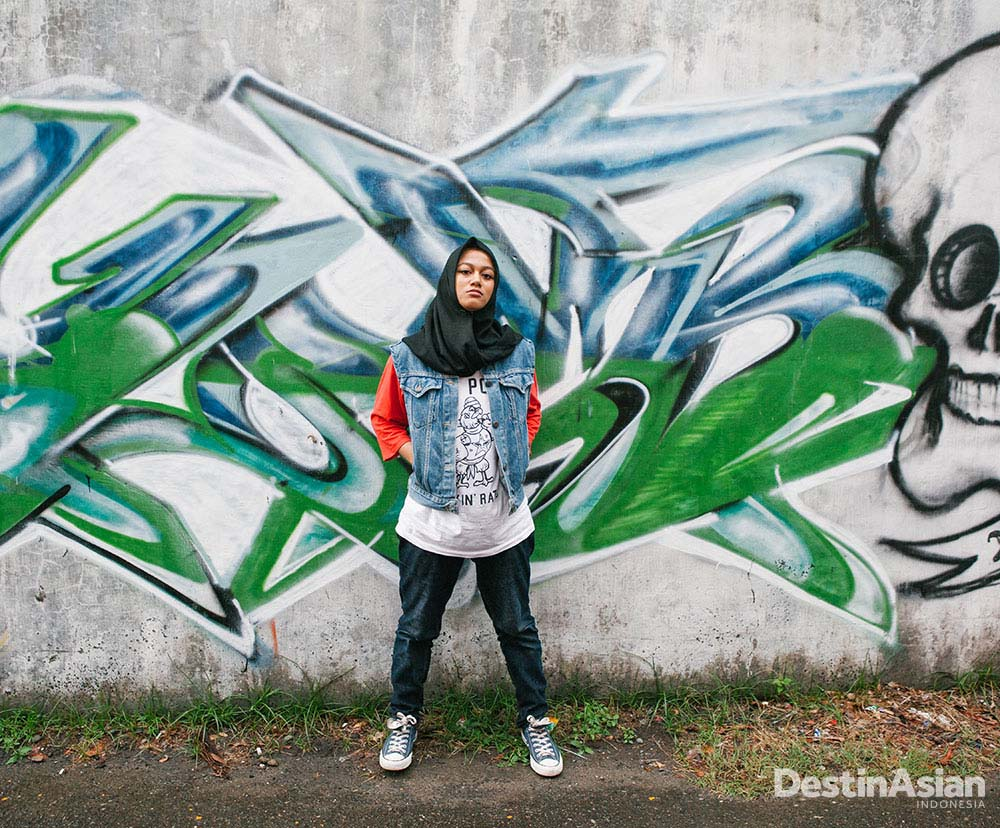 Roudhatul Jannah, seorang rapper di Banda Aceh, bagian dari potret kebebasan di tengah aturan syariat.