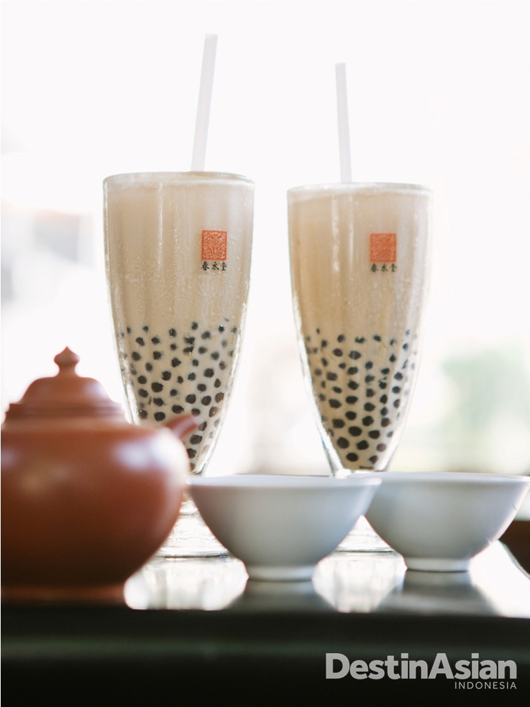 Bubble tea disinyalir lahir dari tangan pencinta teh di Taichung.