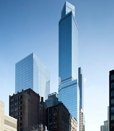 Fasad dari gedung yang menaungi hotel tertinggi di Amerika Serikat.