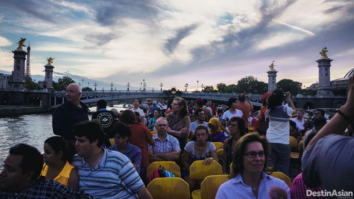 paris city cruise