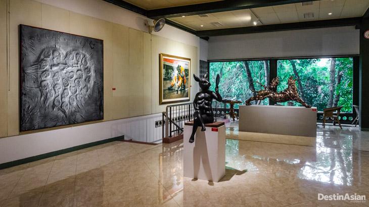 Interior ruang pameran di Pelataran Djoko Pekik.