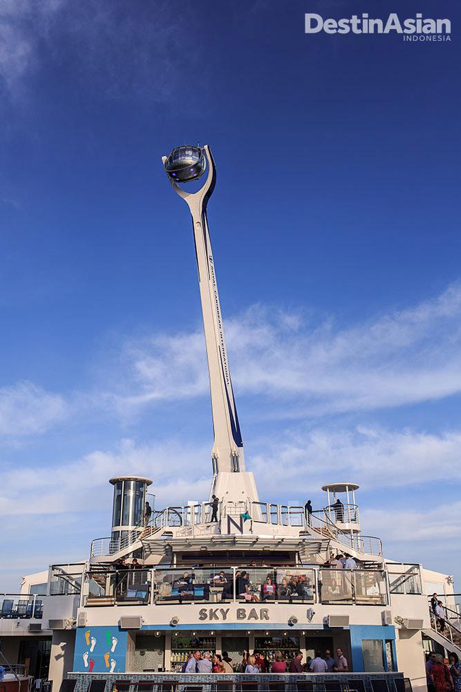North Star yang bisa membawa tamu ke atas hingga ketinggian 92 meter.