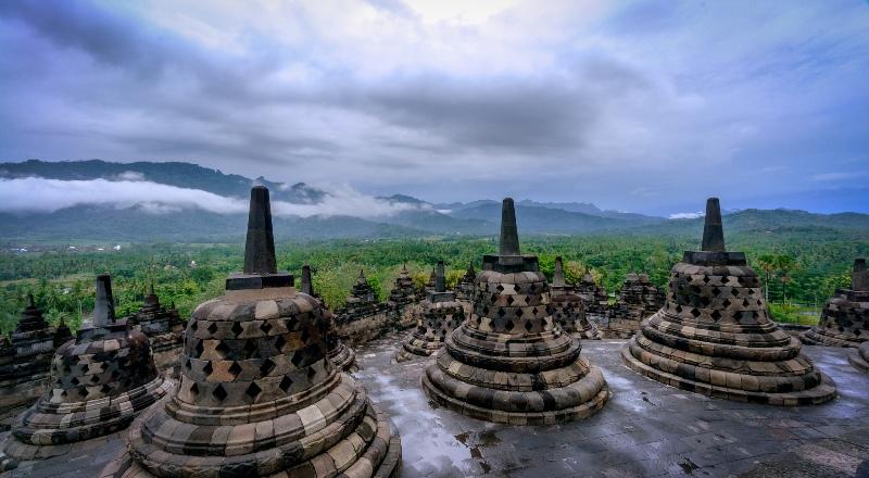 Lomba lari Borobudur 10K akan mengajak peserta berlari menyusuri Candi Borobudur. (Foto: flickr/Jan Alonzo)