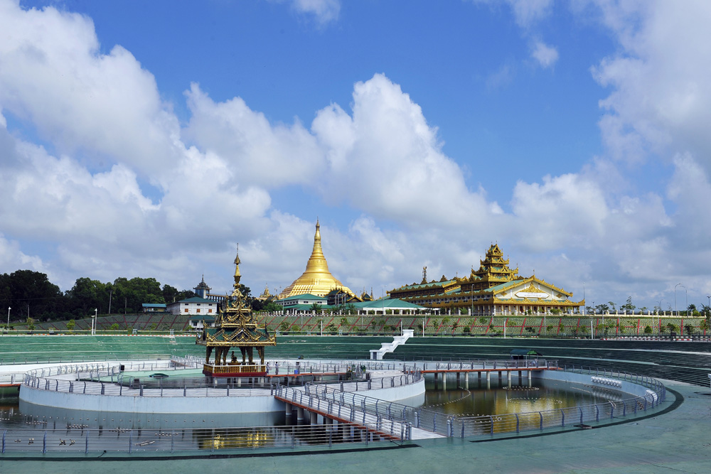 Pagoda Oakpatathanti yang jadi salah satu daya tarik wisata di Naypyidaw. Foto: Kementerian Pariwisata Myanmar.