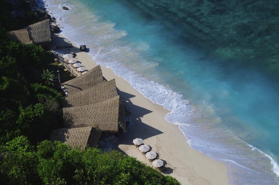 Finn's Beach Club, salah satu tempat hangout terpopuler di Pulau Dewata.